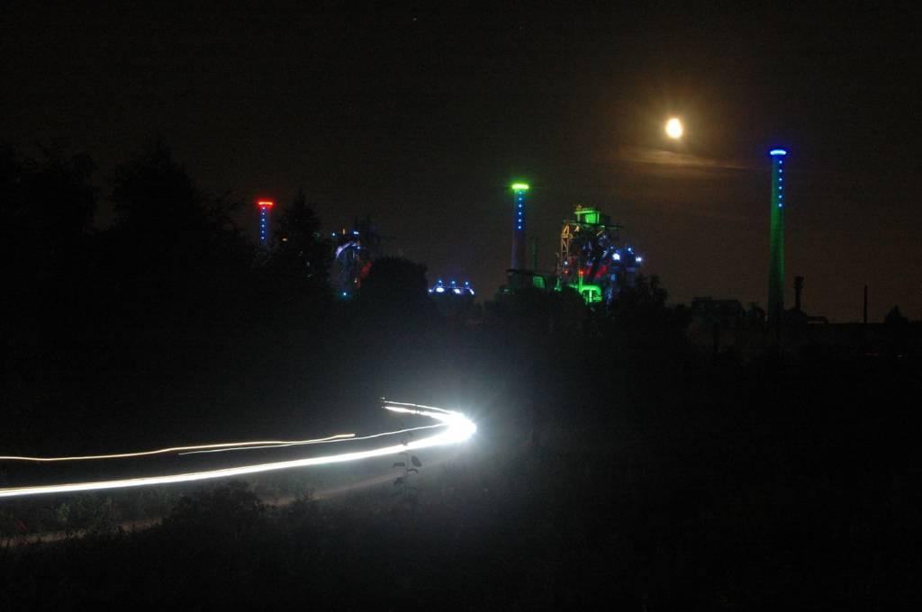 Das 24h MTB-Rennen an der Nordschleife wird Nachts zum Lichtspiel
