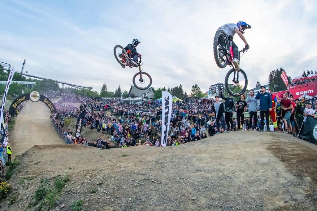 Airtime und Gravity-Action beim Dirt Masters Festival in Winterberg