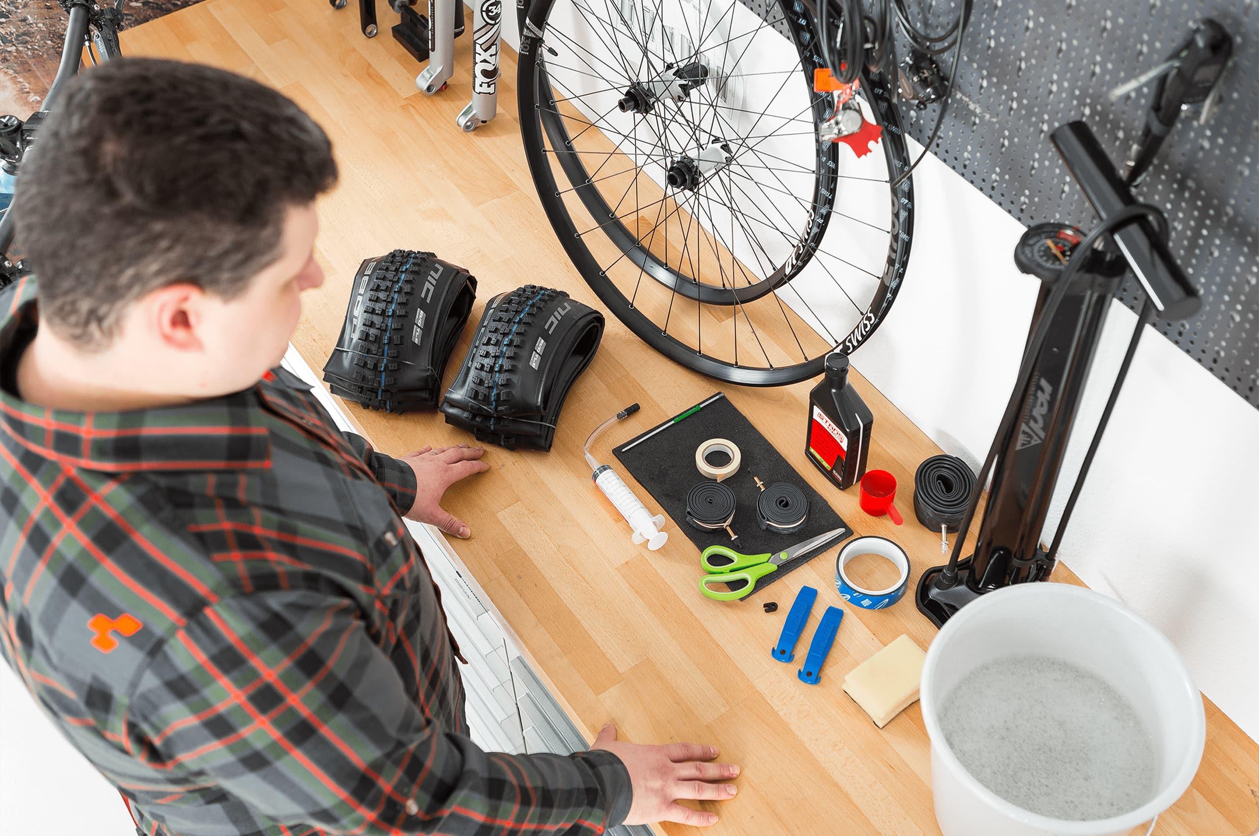 Die benötigte Ausrütung für die Umrüstung auf einen Tubeless Reifen