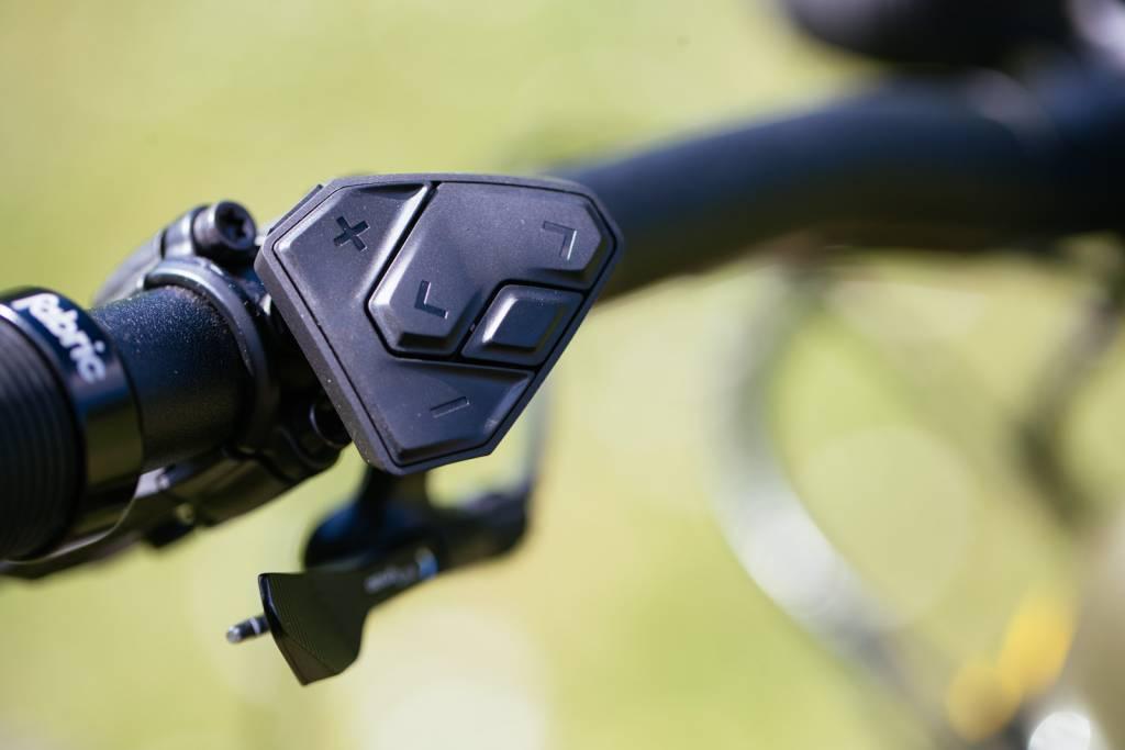 ergonomische Bedienung des Bosch CX 20202 Antriebs