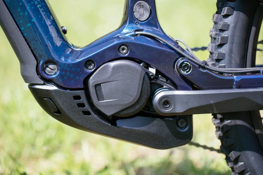 neuer Bosch CX 2020 am Cannondale Moterra links