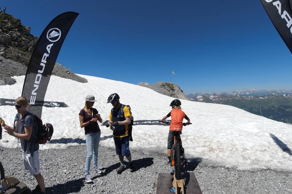 Wheelie Challenge bei der Hörnli Trailjagd Arosa 2019