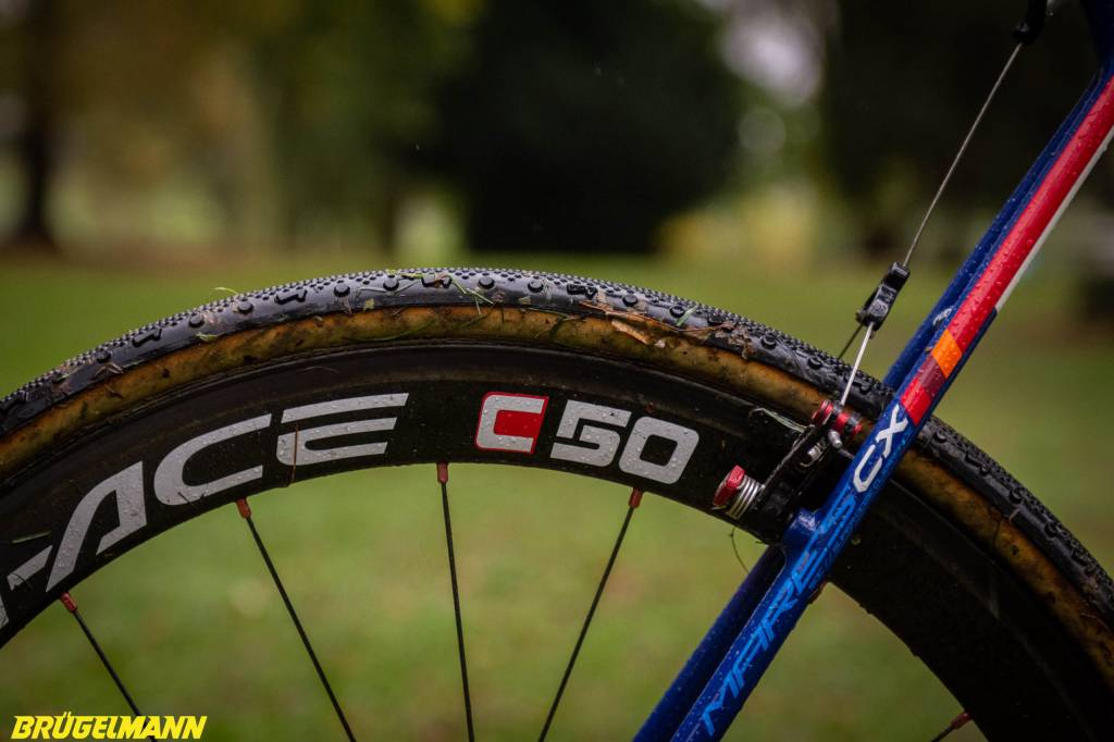 Shimano Dura-Ace C50 Laufrad mit Crossreifen
