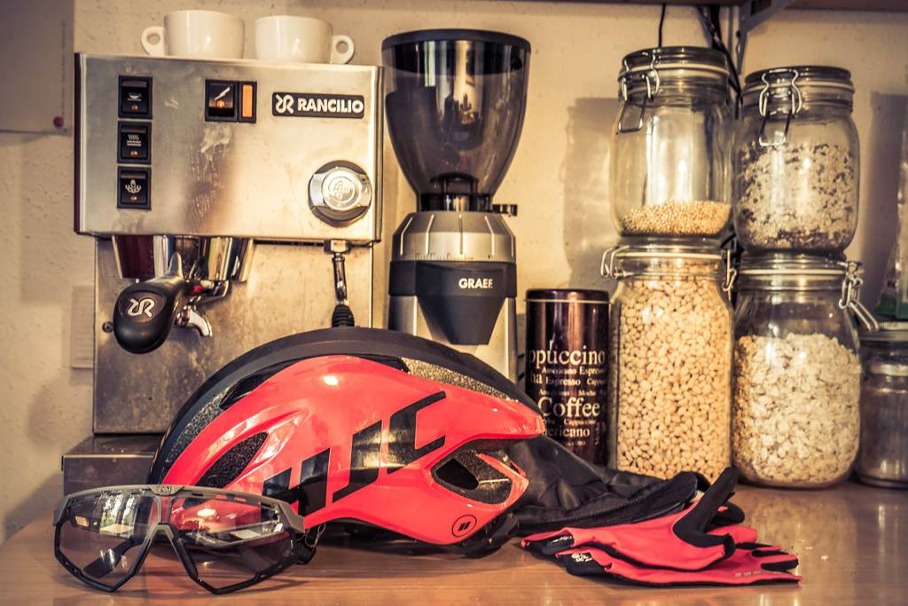 HJC Helm Küchentresen