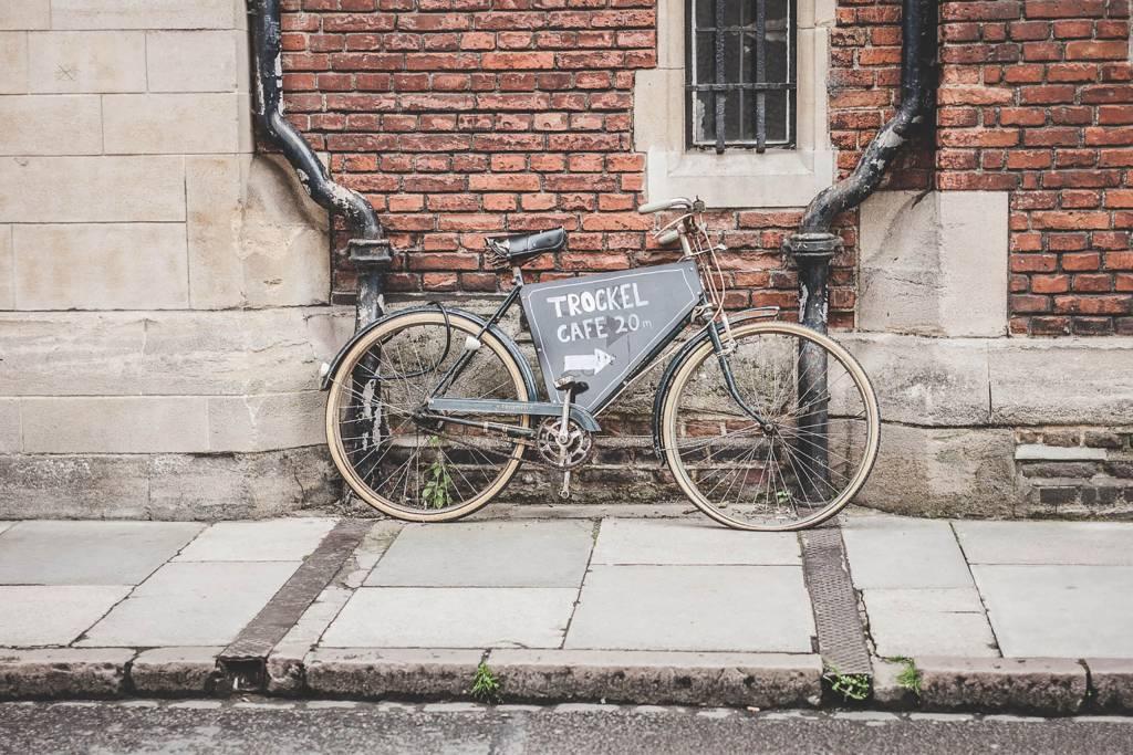 Fahrrad Café Werbeschild