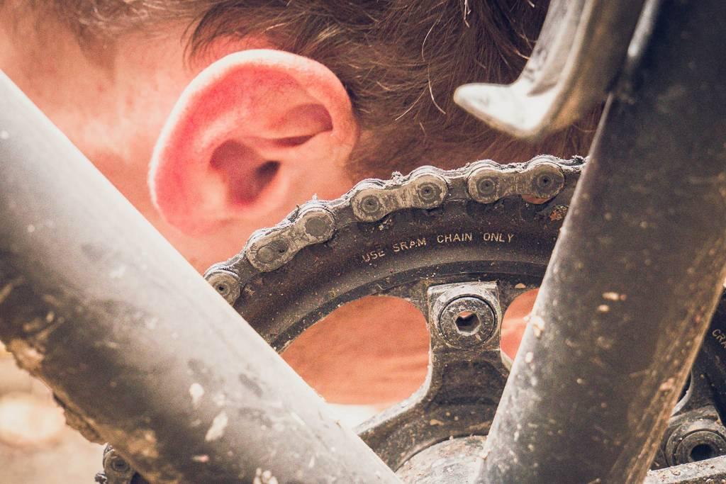 Fahrrad Wartung horchen