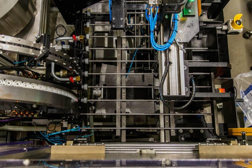 SKS Produktion Fließband