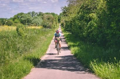 Radfahrer Alleine Feldweg