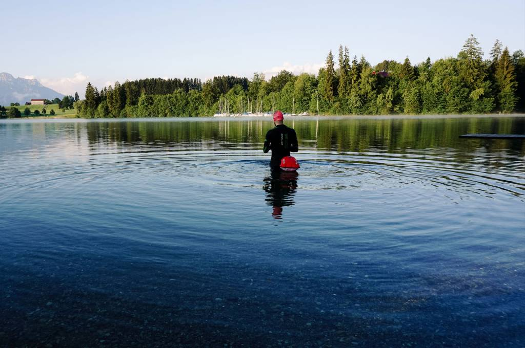 Schwimmer See Neopren Freiwasser