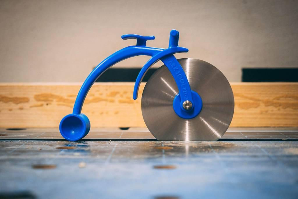 Fahrradwerkstatt Werkzeug Pizzaschneider