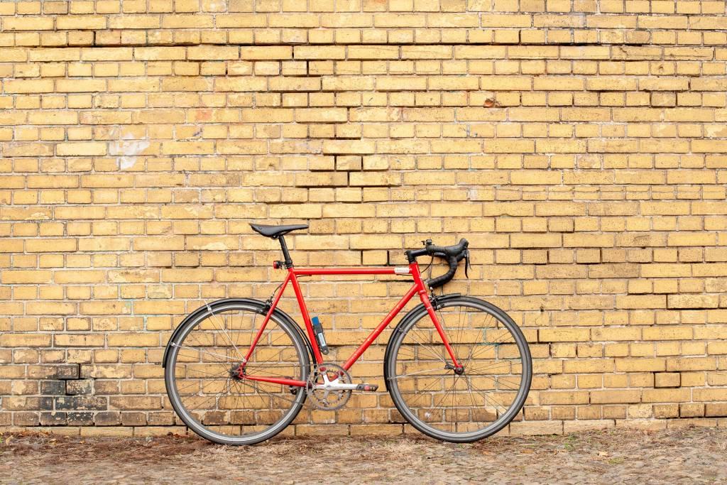 Brooks Cambium C15 Carved am Stadtrad