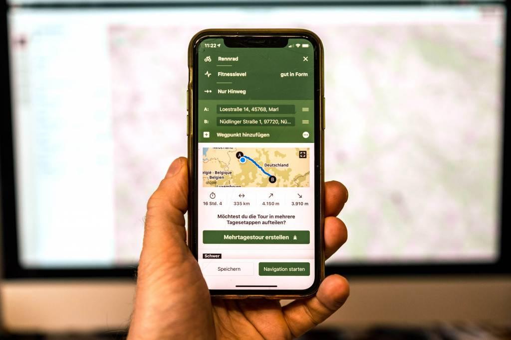 Routenplanung mit komoot auf Smartphone
