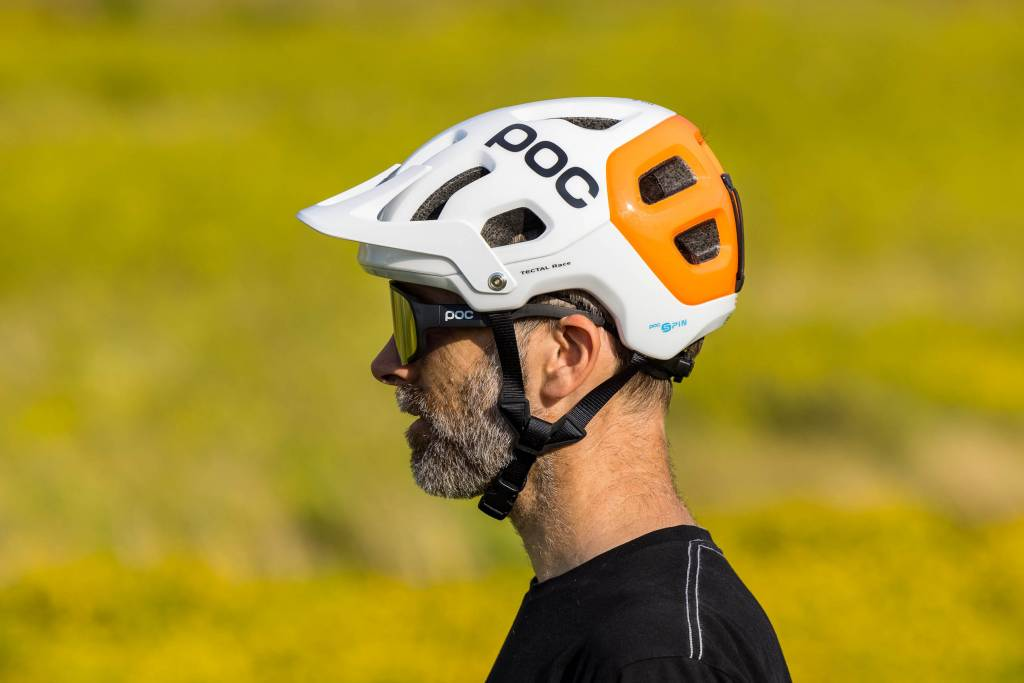 Seitenansicht POC Tectal Race Spin NFC Helm